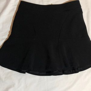 Worthington black mini skirt size 4P